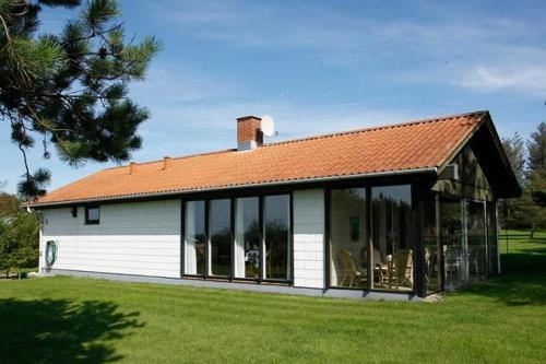 Three-Bedroom Holiday home in Spøttrup 5