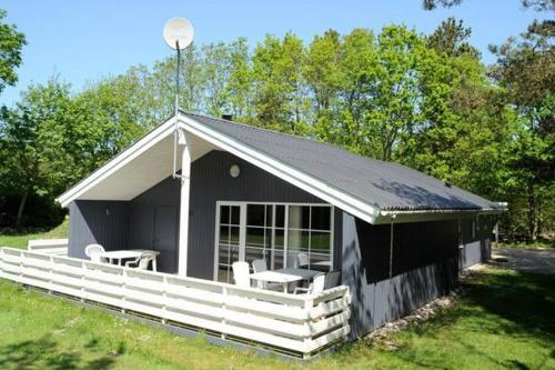 Three-Bedroom Holiday home in Oksbøl 1