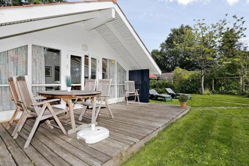 Three-Bedroom Holiday home in Gilleleje 2