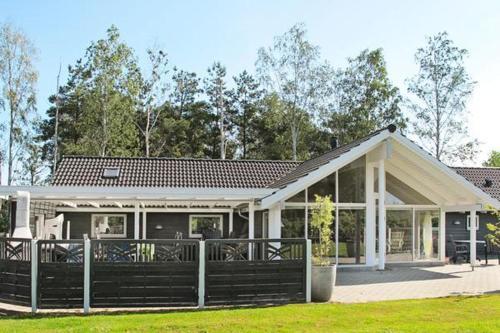 Four-Bedroom Holiday home in Væggerløse 6