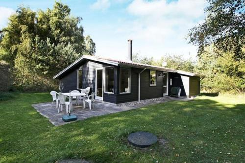 Three-Bedroom Holiday home in Nykøbing Sj 1