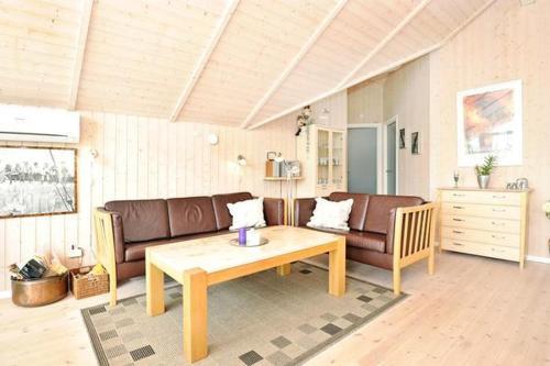 Three-Bedroom Holiday home in Hemmet 22