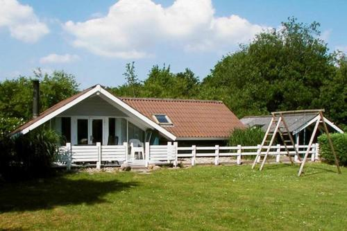 Four-Bedroom Holiday home in Toftlund 4