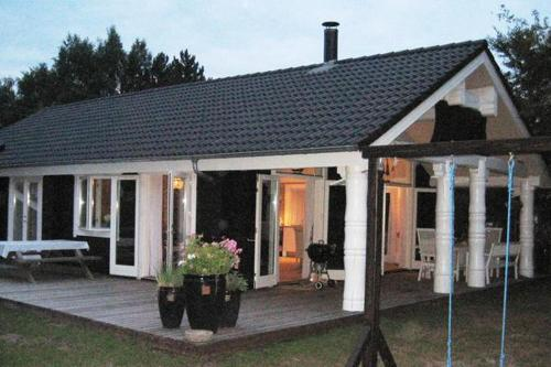 Three-Bedroom Holiday home in Væggerløse 12