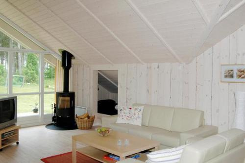 Three-Bedroom Holiday home in Glesborg 13