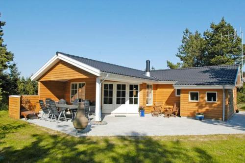Four-Bedroom Holiday home in Bl�vand 9