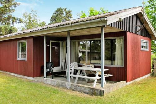 Two-Bedroom Holiday home in Hals 12