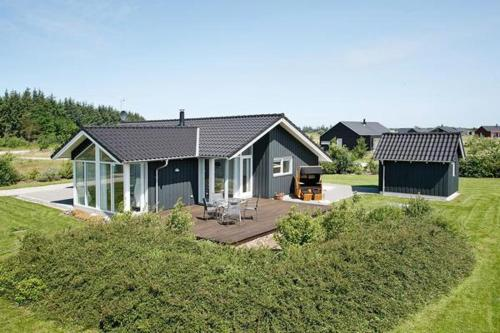 Three-Bedroom Holiday home in Brovst 7
