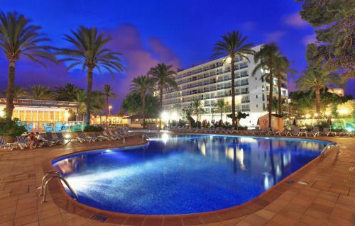 Отель Sirenis Hotel Goleta - Tres Carabelas & Spa 4 звезды Испания