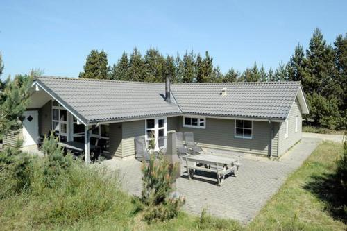Four-Bedroom Holiday home in Blåvand 12