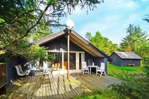 Two-Bedroom Holiday home in Hvide Sande 1