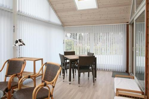Three-Bedroom Holiday home in V�ggerl�se 14