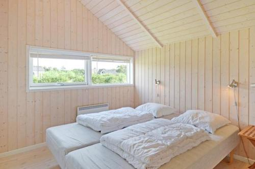Four-Bedroom Holiday home in Hemmet 10