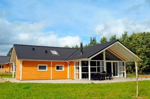 Four-Bedroom Holiday home in Toftlund 8