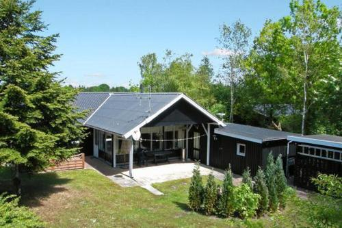 Three-Bedroom Holiday home in Ansager 8