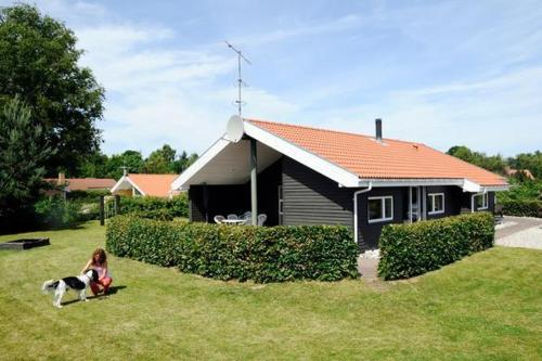 Four-Bedroom Holiday home in Glesborg 14