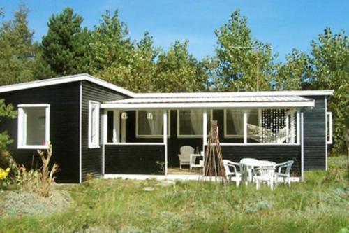 Two-Bedroom Holiday home in Sjællands Odde 1