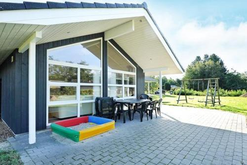 See all 25 photos Three-Bedroom Holiday home in Oksbøl 18