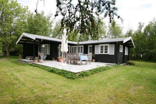 Two-Bedroom Holiday home in H�jby 3