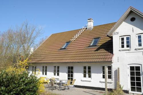 Two-Bedroom Holiday home in Ribe 1