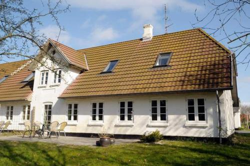 Two-Bedroom Holiday home in Ribe 2