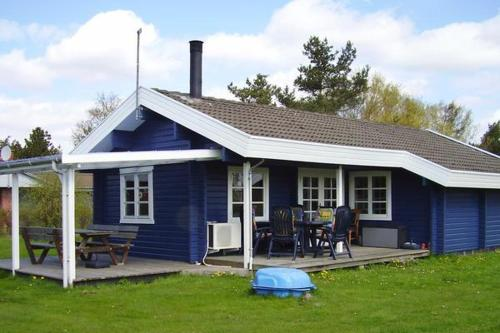 Three-Bedroom Holiday home in Rødby 15