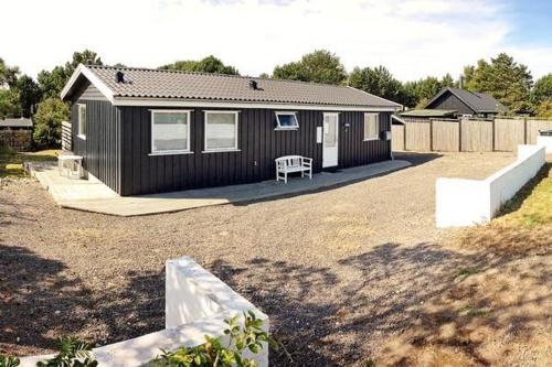 Two-Bedroom Holiday home in Sjællands Odde 2