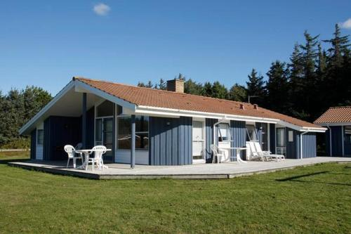 Four-Bedroom Holiday home in Løkken 15