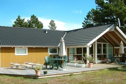 Three-Bedroom Holiday home in Rødby 19