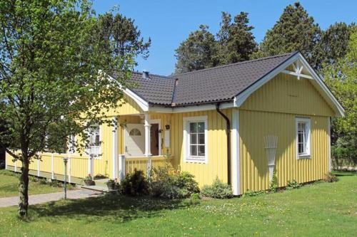 Two-Bedroom Holiday home in Hals 19