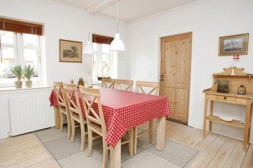 Four-Bedroom Holiday home in Skagen 2