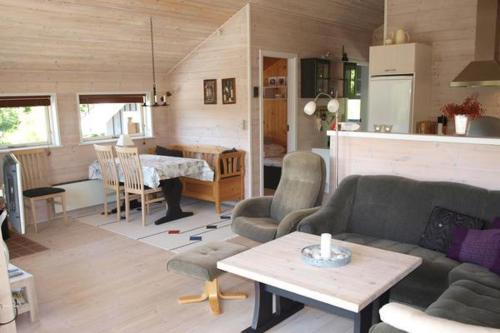 Two-Bedroom Holiday home in Knebel 6