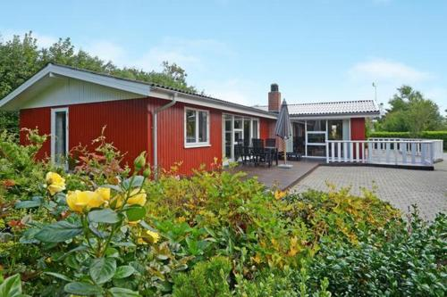 Three-Bedroom Holiday home in Hemmet 72