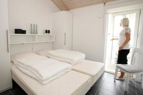 Four-Bedroom Holiday home in Brovst 4