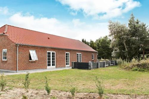 Five-Bedroom Holiday home in Blåvand 25