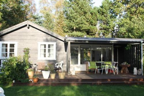 Three-Bedroom Holiday home in Gr�sted 2