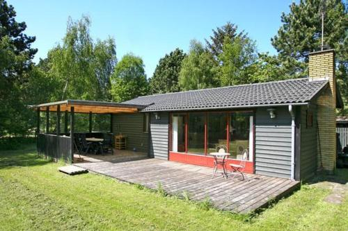 Three-Bedroom Holiday home in Sjællands Odde 5