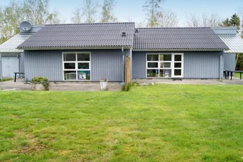 Four-Bedroom Holiday home in Rønde 2