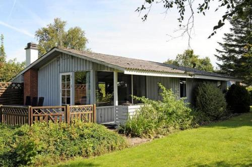 Three-Bedroom Holiday home in Hejls 17