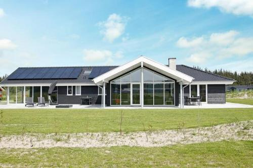 Four-Bedroom Holiday home in Brovst 5