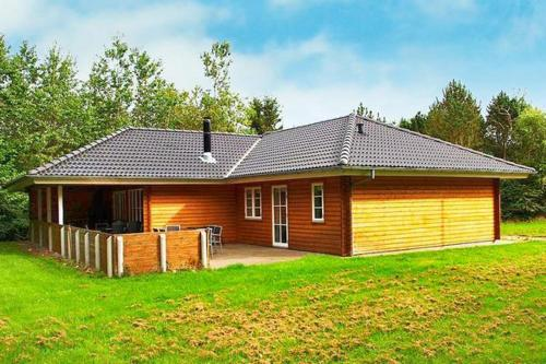 Four-Bedroom Holiday home in Toftlund 11