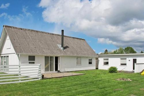 Two-Bedroom Holiday home in Hals 25
