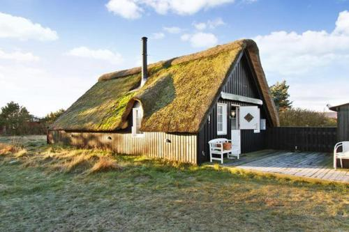 Two-Bedroom Holiday home in Hvide Sande 3