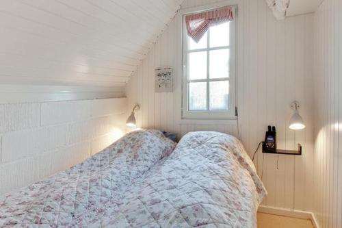Casa de vacaciones con 2 Habitaciones Two-Bedroom Holiday home in Hvide Sande 3