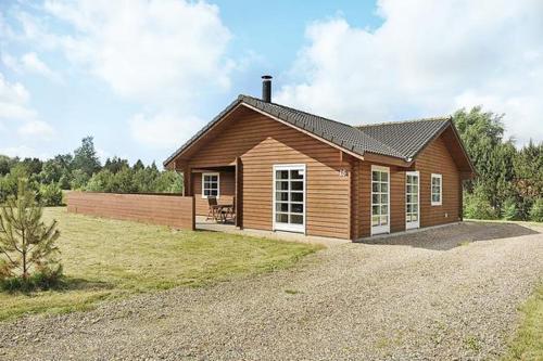 Three-Bedroom Holiday home in N�rre Nebel 8