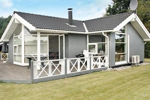 Three-Bedroom Holiday home in Rødvig Stevns 3