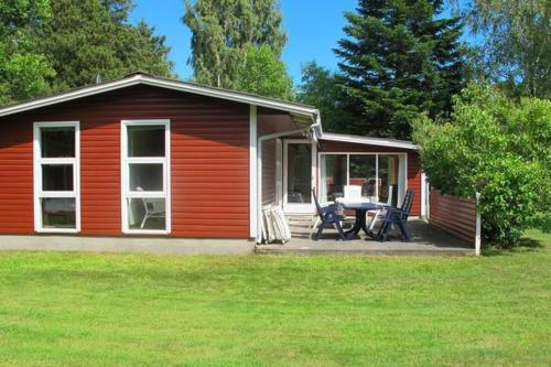 Three-Bedroom Holiday home in Hals 37