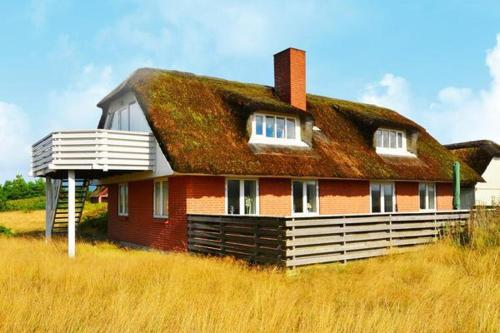 Three-Bedroom Holiday home in Bl�vand 81