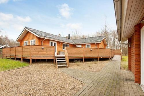 Three-Bedroom Holiday home in F�rvang 9