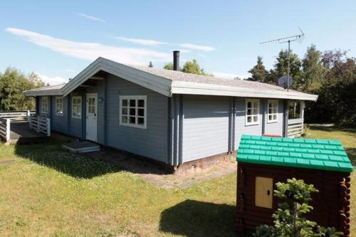 Three-Bedroom Holiday home in Hundested 3